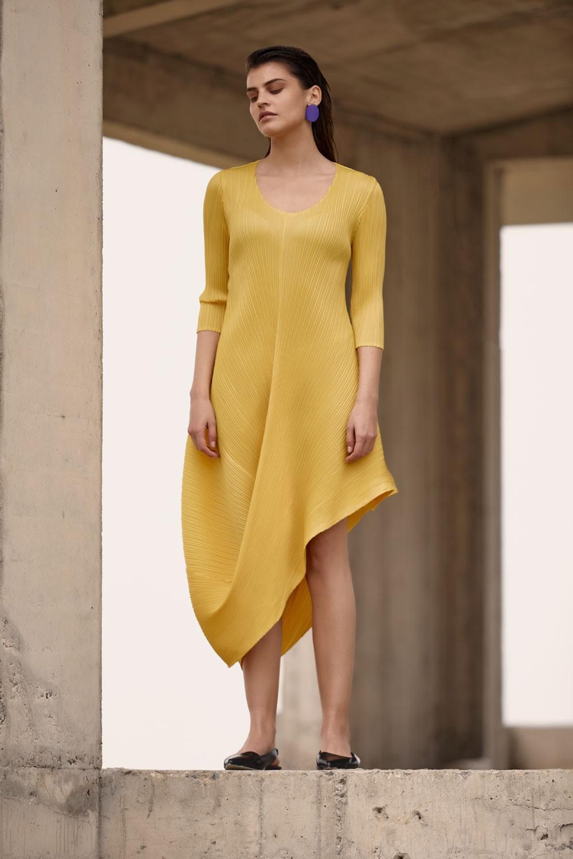 Plisse asymmetric dress