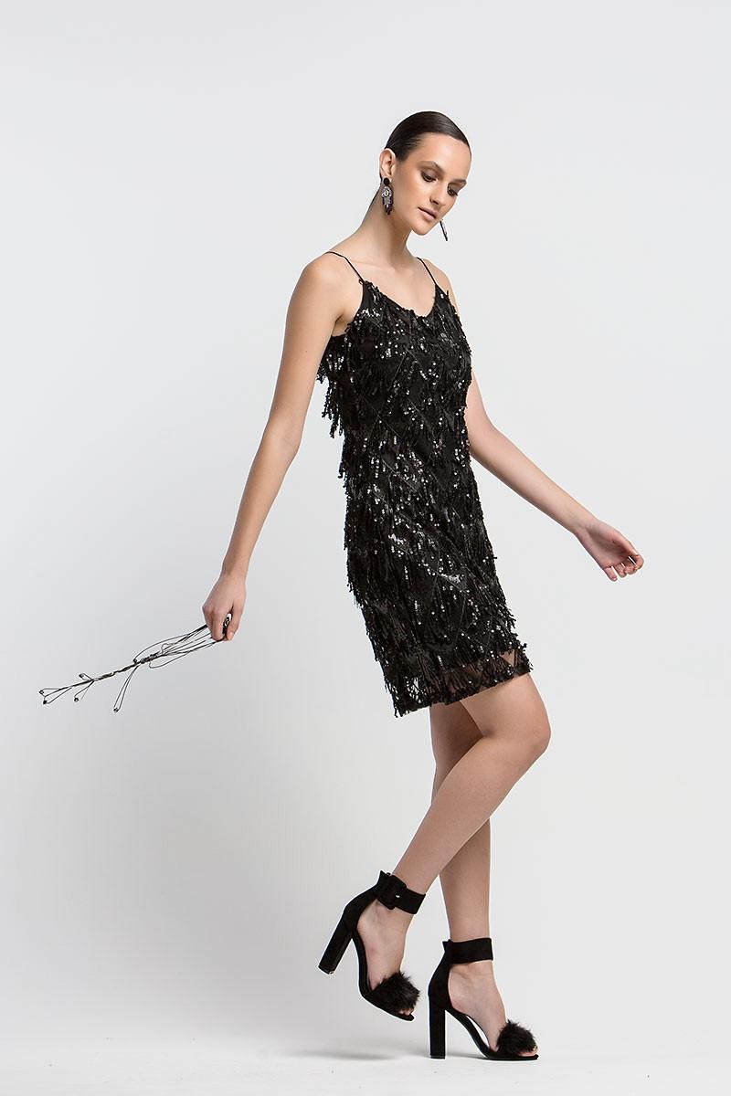 602bcf114eb Φόρεμα με κρόσια