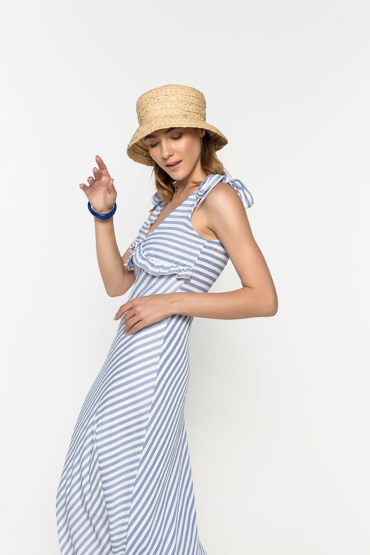 Φόρεμα maxi με ρίγα