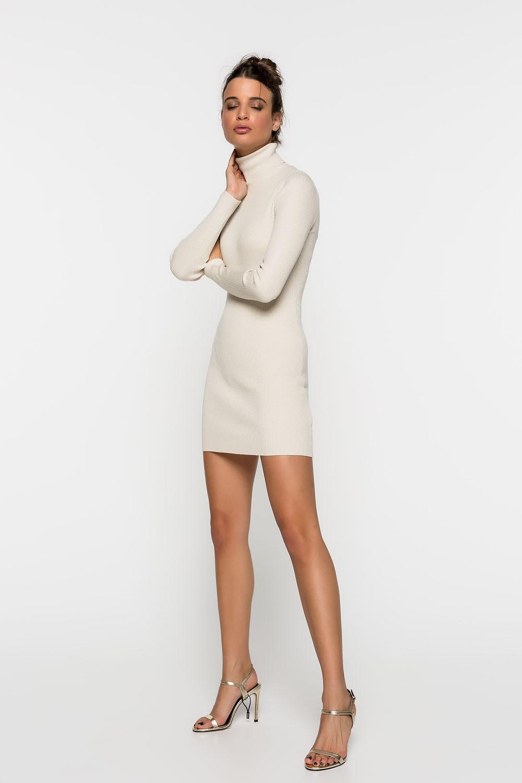 Φόρεμα ριπ με ζιβάγκο