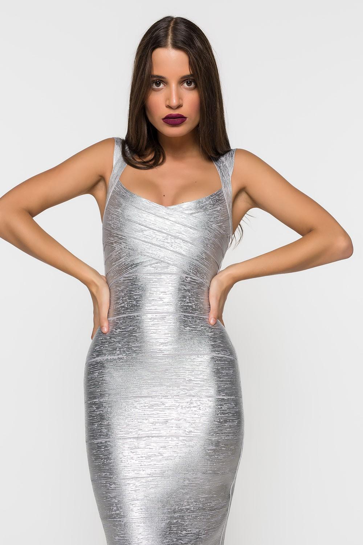 Φόρεμα μεταλλιζέ με σχέδιο στην πλάτη