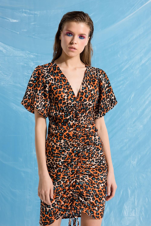 Φόρεμα leopard με κάθετη σούρα