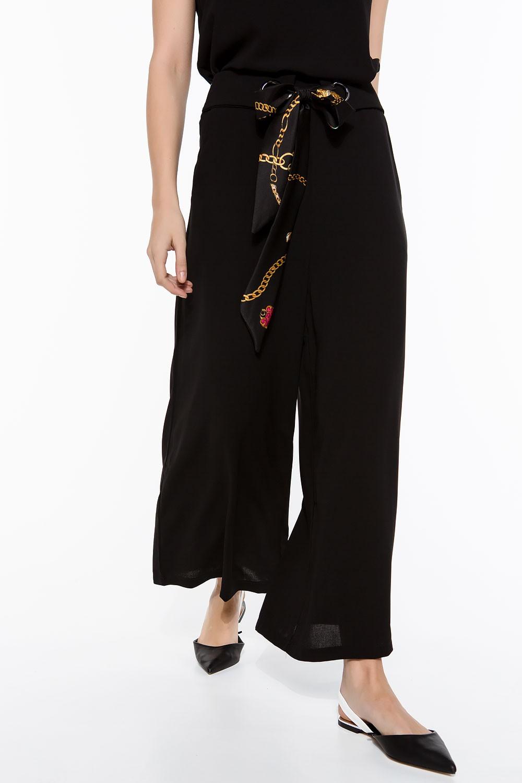 Παντελόνα cropped με μαντήλι