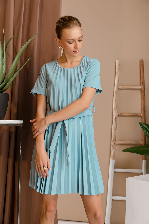 Φόρεμα πλισέ με ζώνη
