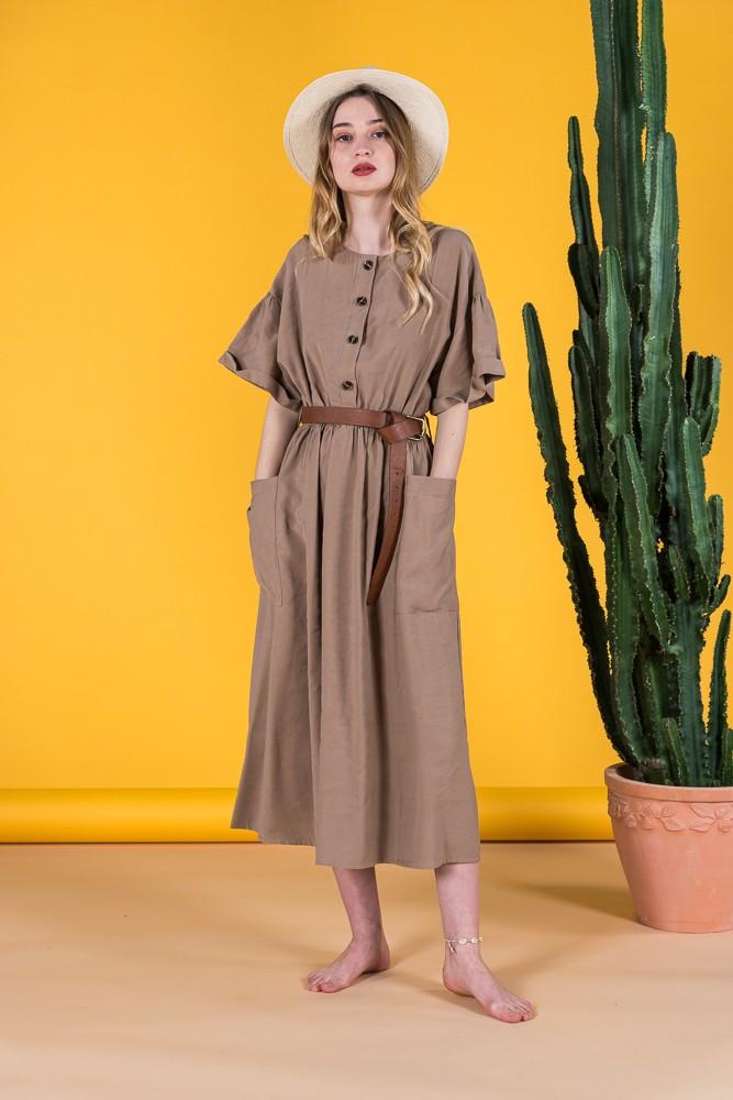 Φόρεμα με τσέπες και ζώνη