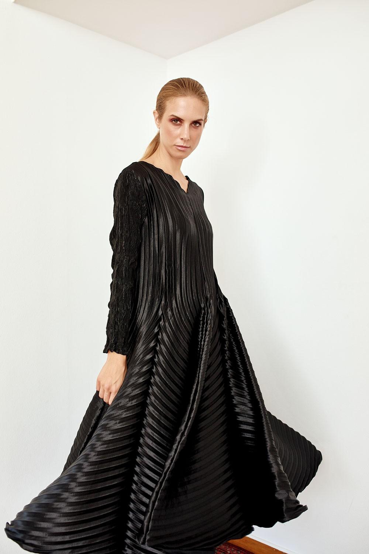 Black Minimalism dress