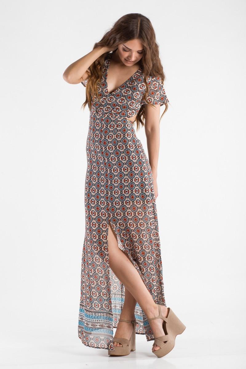 Εμπριμέ μαξι φόρεμα